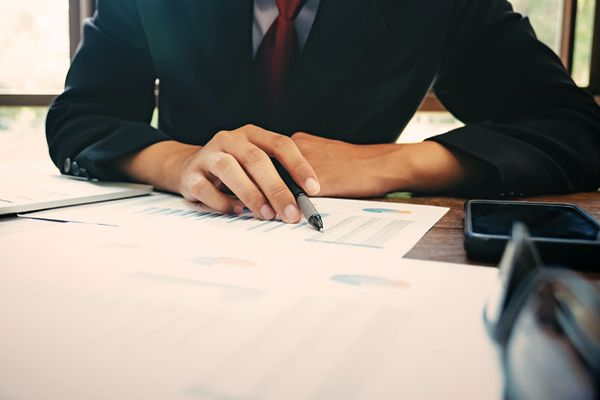 How to Navigate a Deal with Private Equity Funds and be Successful